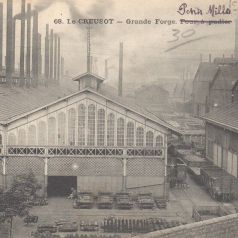 Le Creusot. Grande Forge et [mention manuscrite ajoutée] Petits Mills. Carte postale mise en circulation le 11 octobre 1910. Collection privée.